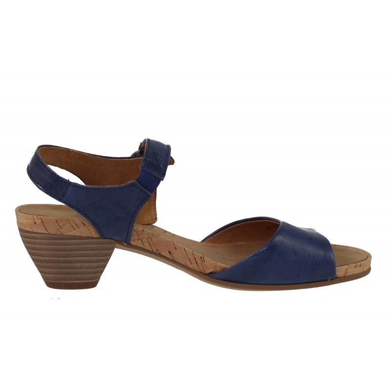 Дамски сандали на нисък ток от естествена кожа Gabor 45814 сини