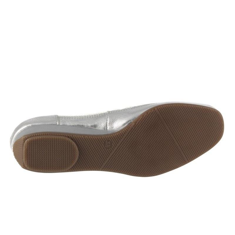 Дамски летни обувки на платформа Ara бели/сребристи