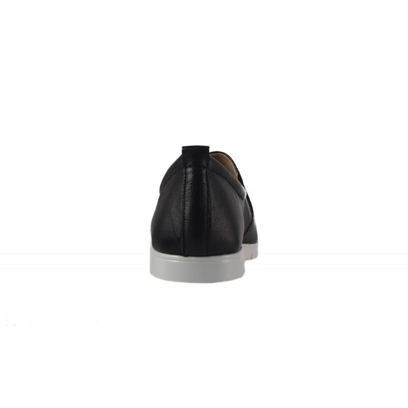 Дамски спортни обувки естествена кожа Caprice черни