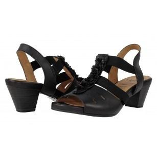 Дамски кожени сандали на ток Caprice черни