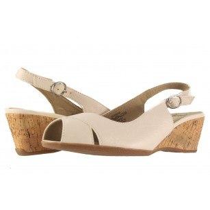 Дамски кожени сандали на платформа Caprice