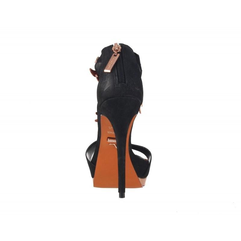 Елегантни дамски сандали на висок ток Carrano черни
