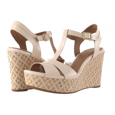 Дамски сандали на висока платформа Clarks Amelia Roma бежови