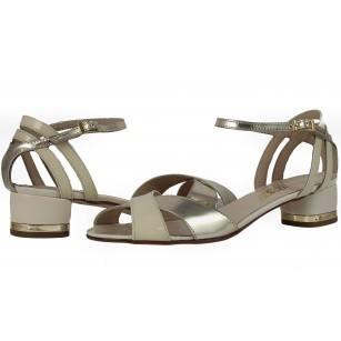 Дамски сандали с нисък ток естествена кожа Indigo лачени бежови/златисти