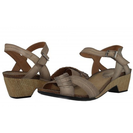 Дамски сандали от естествена кожа Indigo бежови