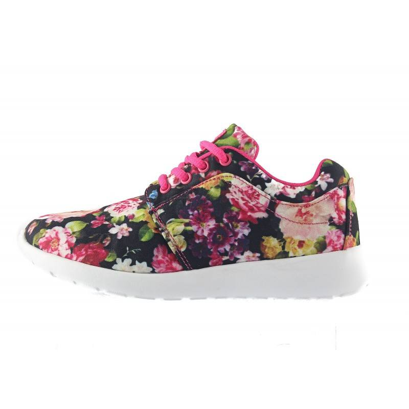 Дамски маратонки Mania черни на цветя 1577001