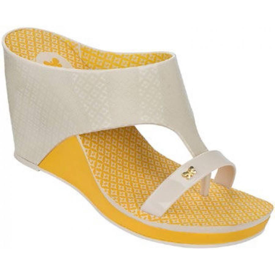 Дамски чехли на платформа Zaxy жълти