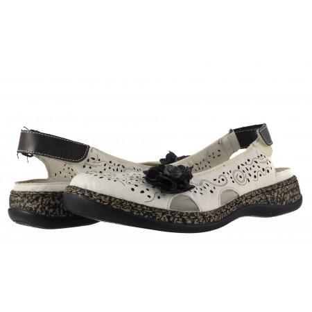 Дамски кожени летни обувки равни Rieker бели