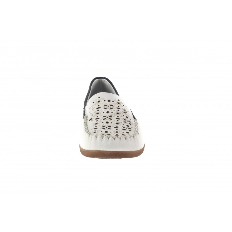 Дамски обувки мокасин бели Remonte 621180