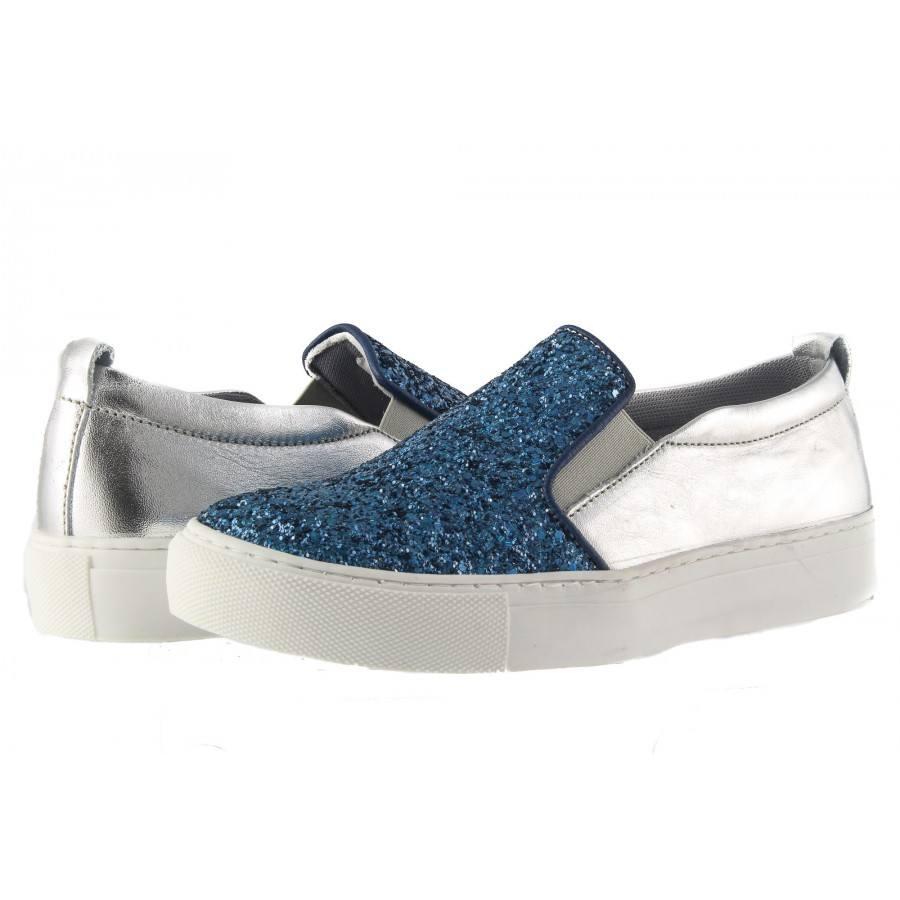 2e38de18c37 Дамски обувки гуменки от естествена кожа Tamaris сребро и кралско синьо