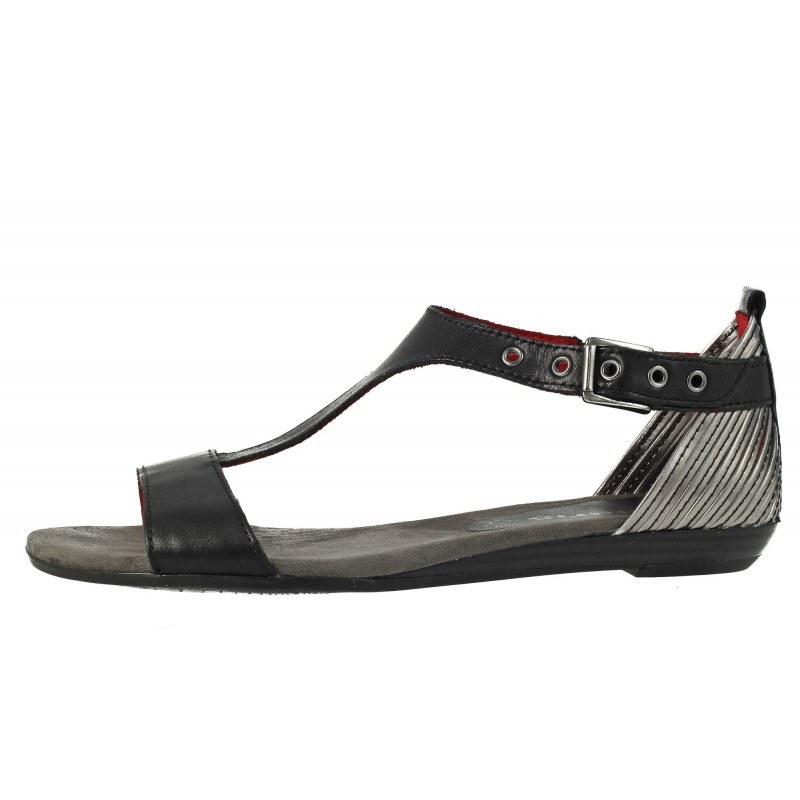 Дамски равни сандали Tamaris черни
