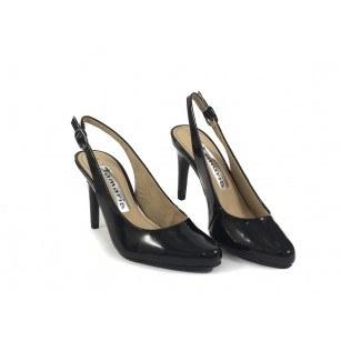Елегантни лачени дамски сандали на висок ток Tamaris черни 29609018