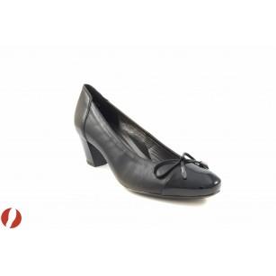Дамски обувки на среден ток Ara черни 4046201
