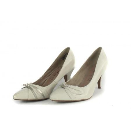 Дамски обувки на среден ток Tamaris бели 22405109