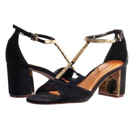 Елегантни дамски сандали с квадратен ток Carrano черни