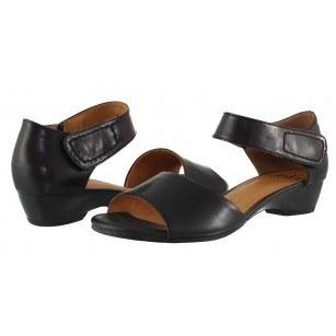 Дамски кожени сандали с нисък ток Caprice черни