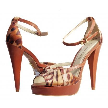 Дамски елегантни сандали Carrano