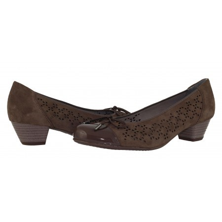 Дамски обувки на нисък ток Ara естествена кожа ширина H кафяви