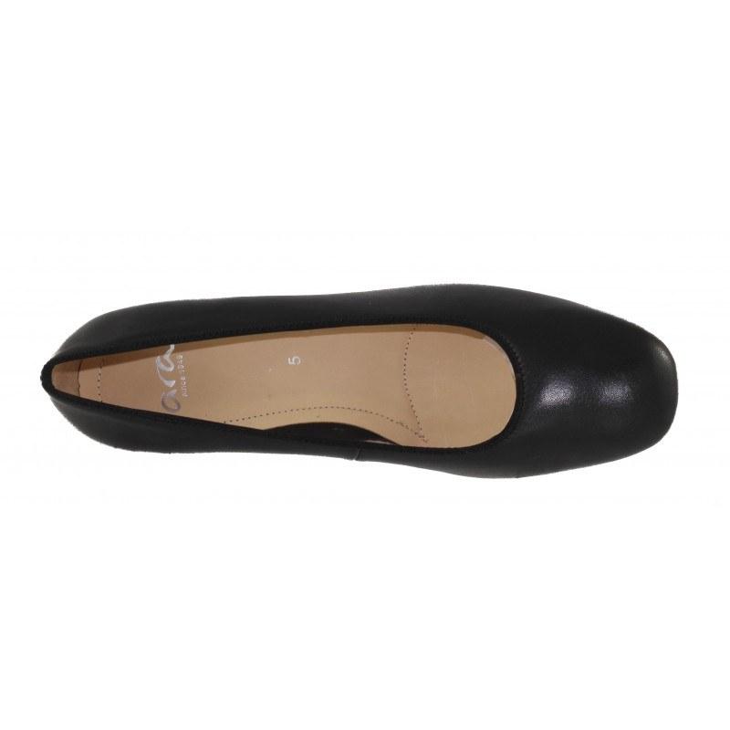 Дамски обувки на среден ток Ara естествена кожа черни