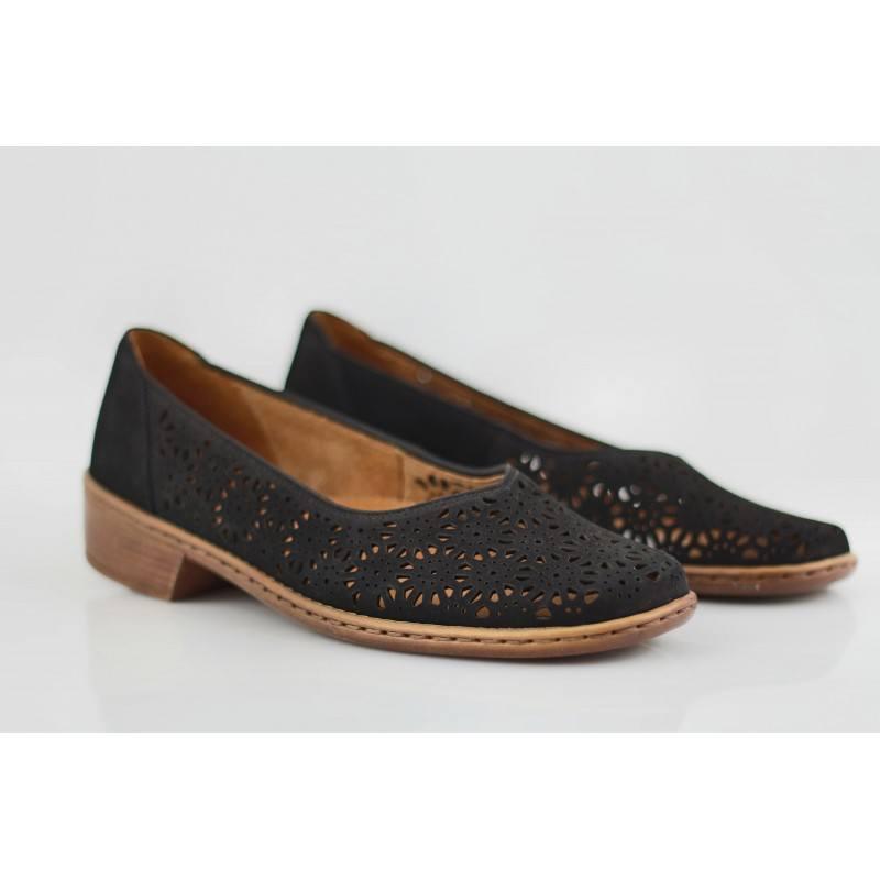Дамски обувки на нисък ток естествена кожа Jenny by Ara черни ширина H