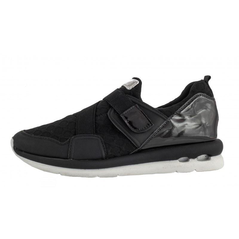 Дамски спортни обувки без връзки Bugatti черни