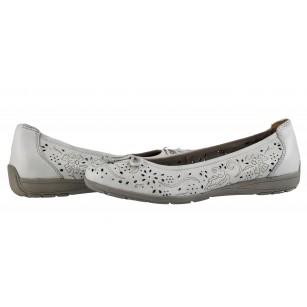 Дамски равни обувки балерина Caprice еленска кожа бели