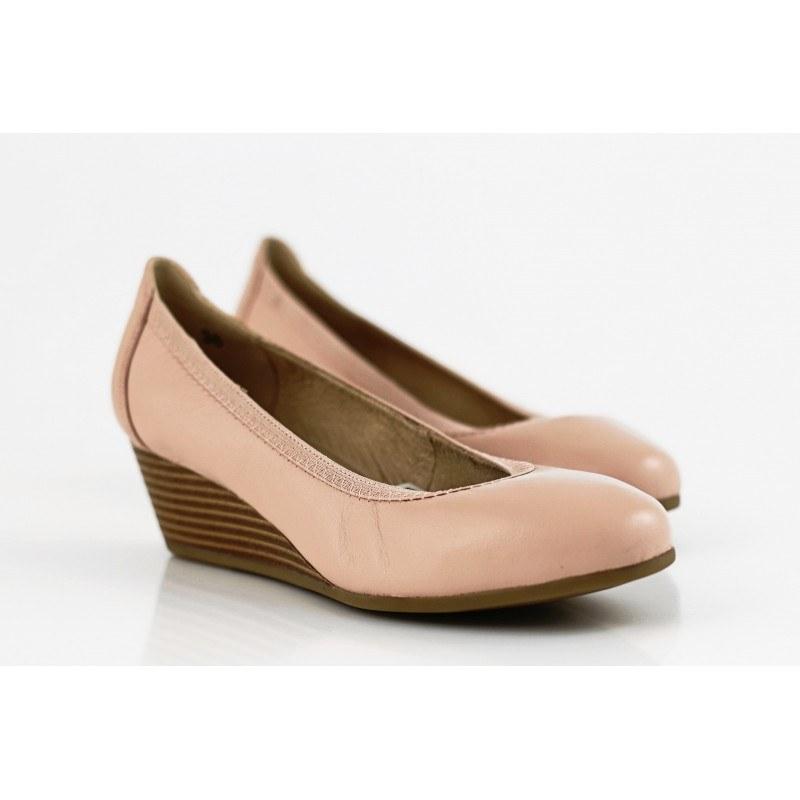 Дамски розови обувки с холандски ток естествена кожа Caprice