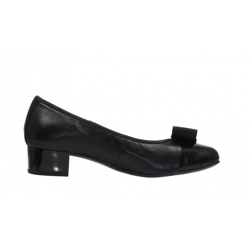 Дамски кожени обувки на ток Caprice черни/черен лак