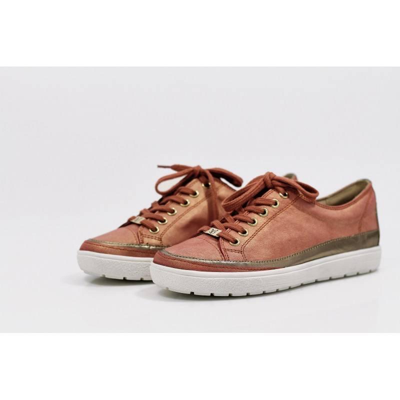 Дамски спортни обувки от естествена кожа Caprice orange металик