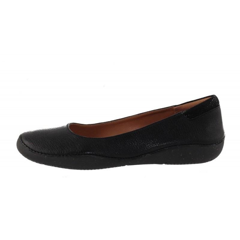 червени удобни дамски обувки Кларкс