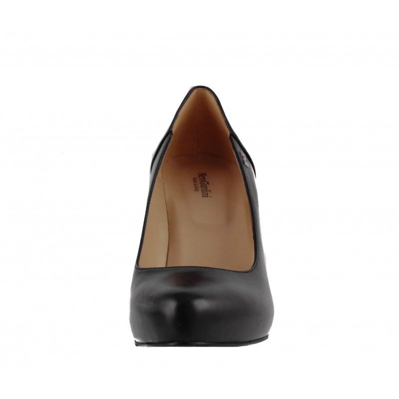 Елегантни дамски обувки на висок ток Nero Giardini естествена кожа