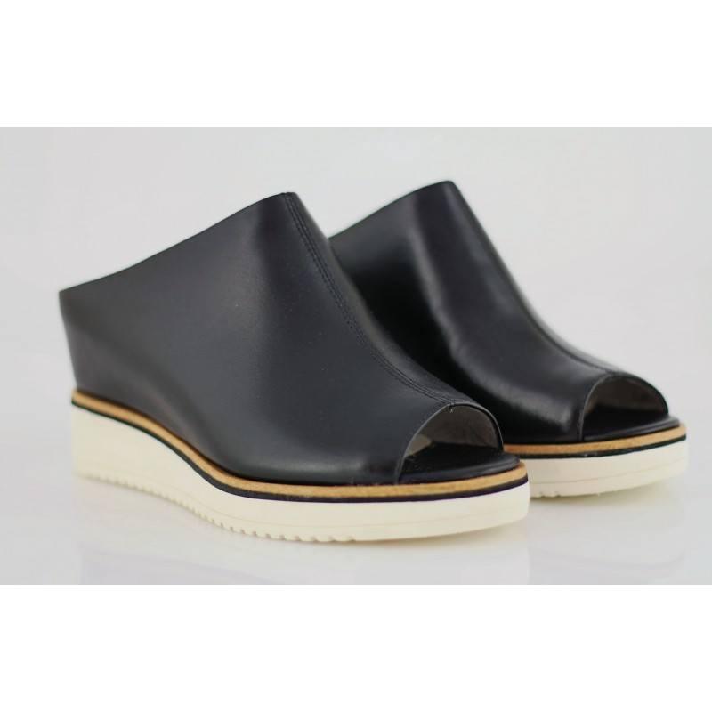 Дамски чехли на платформа Tamaris естествена кожа мемори пяна черни
