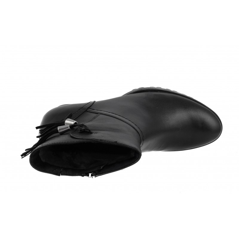Дамски кожени боти на ток Caprice черни