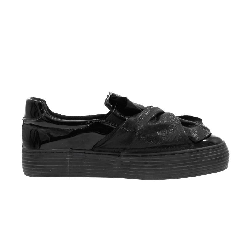 Дамски спортни обувки без връзки XCESS черни. Компас kompass.bg - Безплатна Доставка