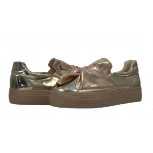 Дамски спортни обувки без връзки XCESS златисти