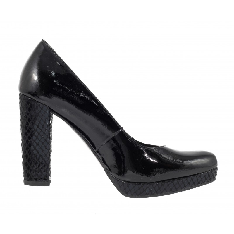 Елегантни дамски обувки на висок ток Tamaris черни мемори пяна