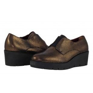 Дамски кожени обувки на платформа Tamaris златисти/металик