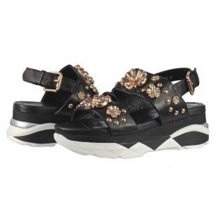 Дамски сандали от естествена кожа на платформа BE ME черни/златисти