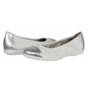 Дамски равни обувки пантофки от естествена кожа Caprice бели/сребристи