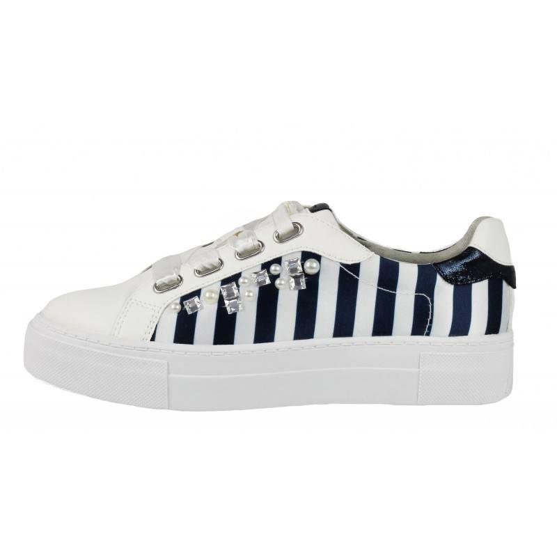 Дамски спортни обувки с врзъки Tamaris бели/сини мемори пяна