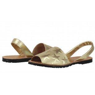 Дамски равни сандали от естествена кожа Tamaris златисти