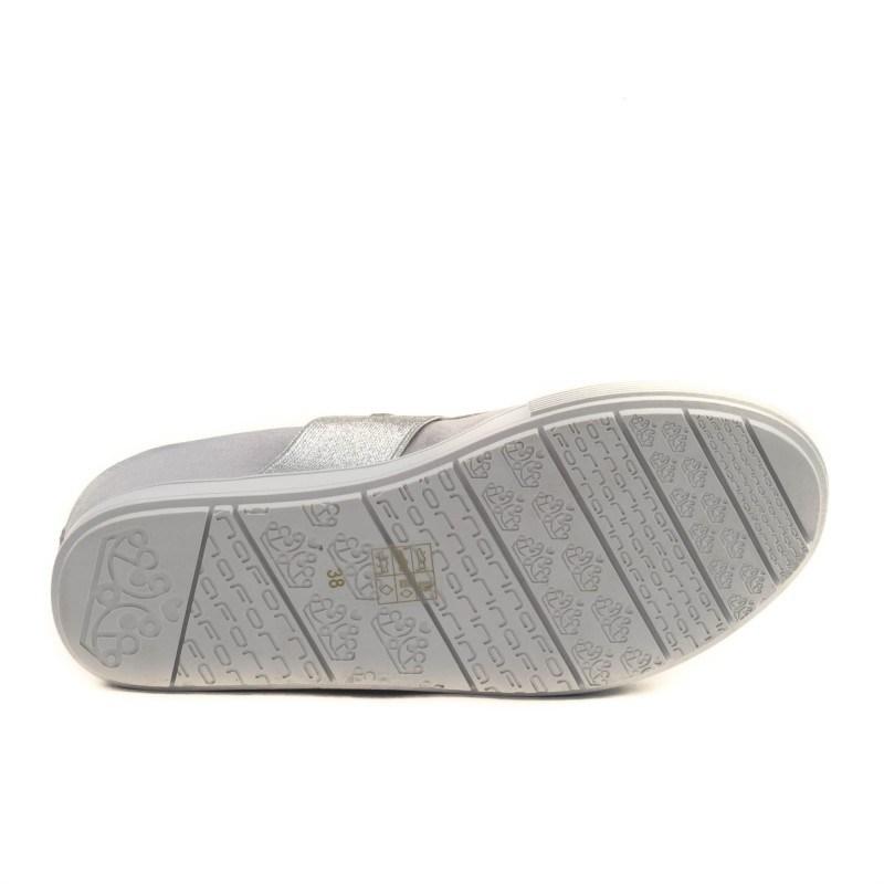 Дамски обувки на платформа Fornarina сребристи