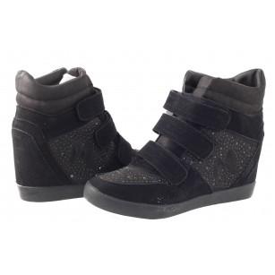 Дамски обувки с вътрешна платформа Mania черни
