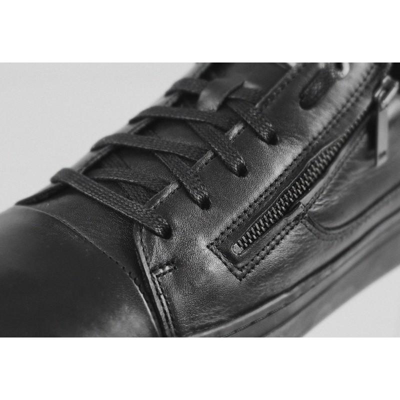 Мъжки спортни обувки от естествена кожа Salamander черни