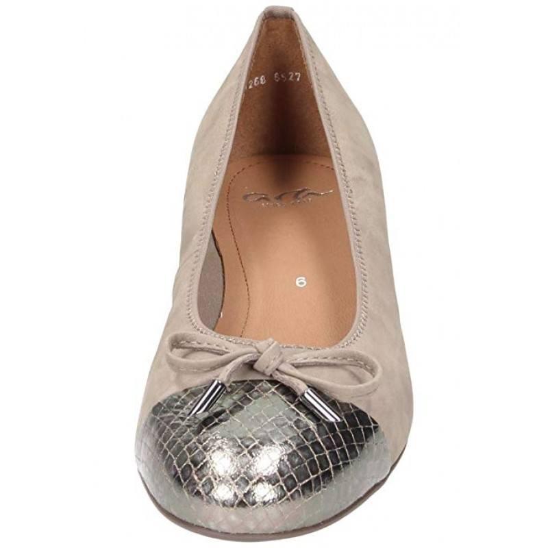 Дамски обувки на нисък ток Ara розови