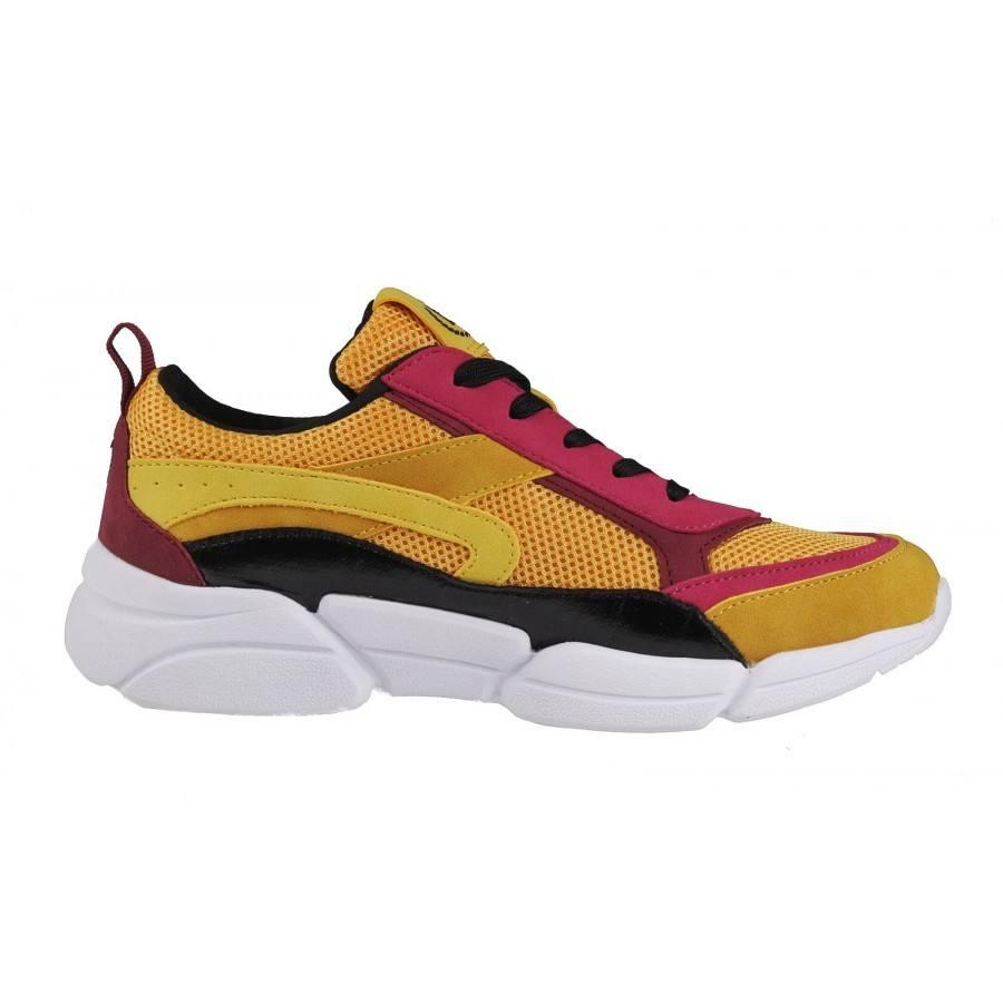 5c7d766e056 ... Дамски спортни обувки с връзки Bugatti Shiggy жълти