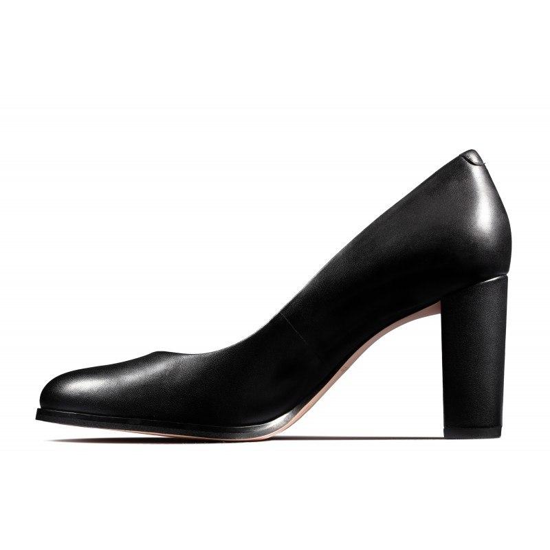 Дамски обувки на ток Clarks Kaylin Cara естествена кожа черни