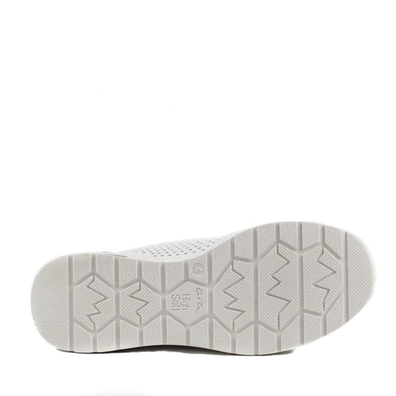 Дамски анатомични спортни обувки Ara естествена кожа бели