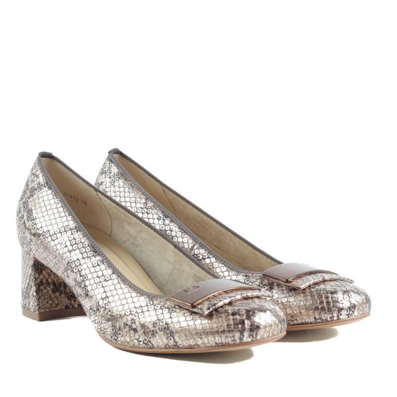 Дамски обувки на нисък ток Ara змийски принт