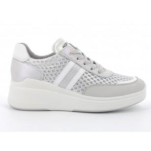 Дамски обувки с връзки IGI & CO на платформа бели